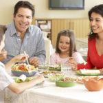 En la mesa familiar: algunos consejos para preservar la convivencia